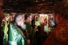 Пещерный храм прп. Харитона Исповедника. Великий Вход.