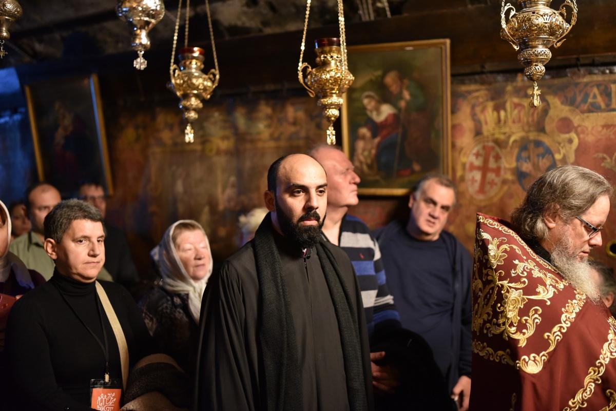 Вифлеем_литургия-25.12.2019_15